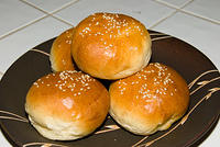 "Memorial Day Hamburger Buns, adapted from Jeffrey Hamelman's ""Bread""  20070528-14.57.10"